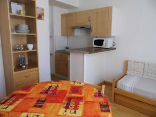 Cozy 1 bedroom Rochefort Apartment with Kettle - Rochefort vacation rentals