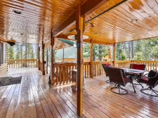 Kool Kabin - Easy access and close to national parks / ATV / Snowmobiling - Duck Creek Village vacation rentals