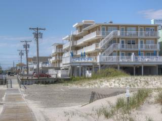 Nice Condo with Internet Access and A/C - Wildwood Crest vacation rentals