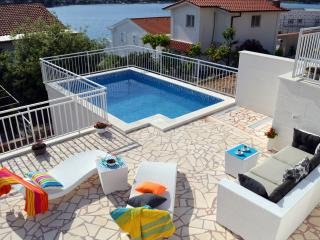 Lovely House with Washing Machine and Television - Rogoznica vacation rentals