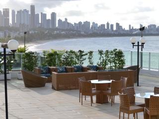 Ap Flat Luxo Beira Mar Cabo Branco até 6 pessoas - Joao Pessoa vacation rentals