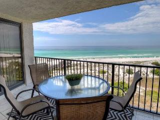 """FLIP FLOPS FOREVER""  Golf Cart Included! Book With Fall Rates! - Sandestin vacation rentals"