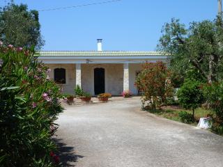 Tenuta Palagogna - 3 SISTEMAZIONI - San Michele Salentino vacation rentals