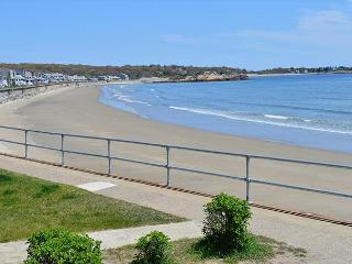 Two Beaches: Immaculate single-level 3BR between Long Beach & Good Harbor - Gloucester vacation rentals