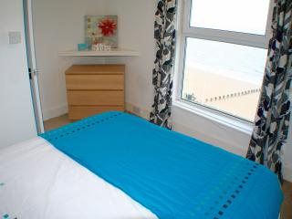 3 Bedroom Sea View Apartment, Bridlington Farina - Bridlington vacation rentals