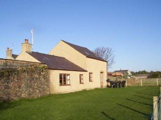 Lovely Rhosneigr vacation House with Parking - Rhosneigr vacation rentals