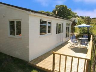2 bedroom Cabin with Parking in Benllech - Benllech vacation rentals