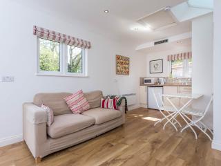 Beautiful 1 bedroom Vacation Rental in Lymington - Lymington vacation rentals