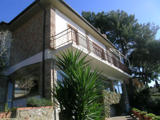 Haushälfte ruhig m.Super-Meerblick - Castiglione Della Pescaia vacation rentals