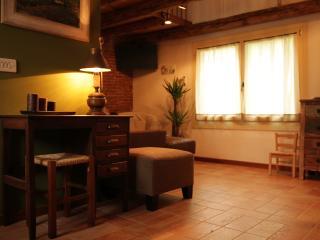 2 bedroom House with Internet Access in Bassano Del Grappa - Bassano Del Grappa vacation rentals