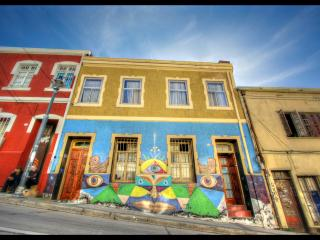 Bright 6 bedroom Guest house in Valparaiso with Internet Access - Valparaiso vacation rentals