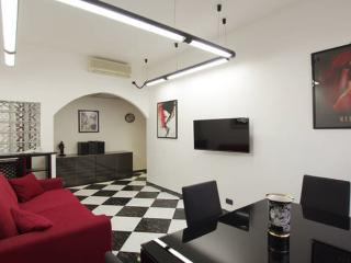 Romantic 1 bedroom Apartment in Rome with Internet Access - Rome vacation rentals