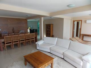 3 bedroom Penthouse with Hot Tub in Arraial do Cabo - Arraial do Cabo vacation rentals