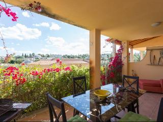 Cozy 2 bedroom Cala Romantica Apartment with Dishwasher - Cala Romantica vacation rentals