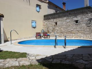 Nice Villa with Internet Access and A/C - Marcana vacation rentals