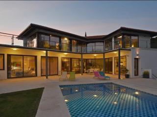 Modern villa near Puerto Banus and golf - Marbella vacation rentals