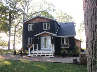 Relaxing Private Waterfront Home + Sleeping Cabin - Gananoque vacation rentals