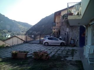Bright 2 bedroom Ventimiglia Bed and Breakfast with Central Heating - Ventimiglia vacation rentals
