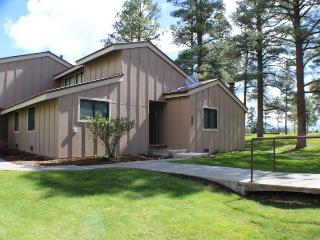 Pines 3040 is a conveniently located vacation condo in the heart of the Pagosa Lakes area. - Pagosa Springs vacation rentals