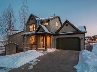 7Bed's/3.5Bath/Sleeps 12 - Ski Home, Jacuzzi & 5 Star Host - Park City vacation rentals