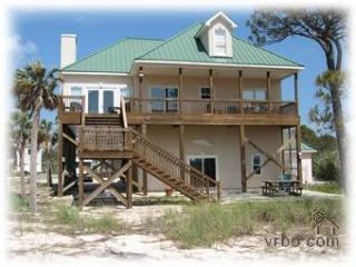 Breezy Decks - Great Views - Pool - Tennis Court.. - Dauphin Island vacation rentals