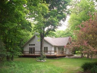 Spring Road Home, Just Minutes From Fish Creek - Fish Creek vacation rentals