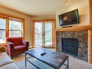 Walk to lifts from outdoor lovers' condo w/ sauna, hot tub, & shared pool! - Copper Mountain vacation rentals