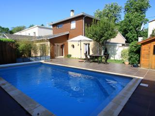 Maison de standing avec piscine pour 6 personnes - Libourne vacation rentals