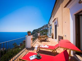 Villa at 200 mt from the beach, terrace sea view - Praiano vacation rentals