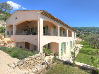 Nice House with Television and Water Views - Chateauneuf de Grasse vacation rentals