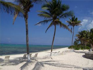 Romantic Condo with Deck and Internet Access - Seven Mile Beach vacation rentals