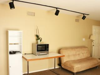 #69 3BR by W Hotel/UCLA Parking! - Los Angeles vacation rentals