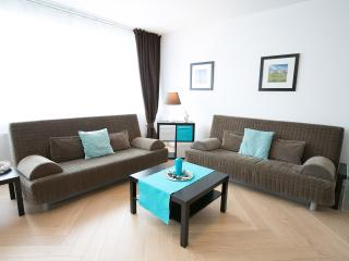 Gasser Apartments - Apartment Karlskirche 2 - Vienna vacation rentals