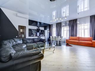 SutkiPeterburg Luxury apartment with designer interiors - Saint Petersburg vacation rentals