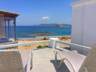 Perfect House with A/C and Cleaning Service in Triovassalos - Triovassalos vacation rentals