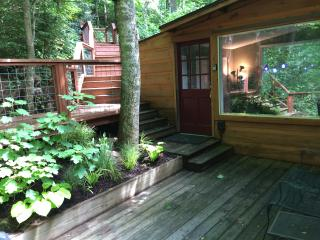Feel the Forest Canopy | Stay at Woodlands Chalet - Fairview vacation rentals