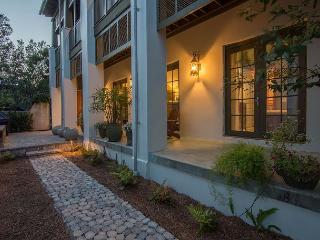 Villa Rose  very best of southern living in Rosemary Beach! (Upg - Rosemary Beach vacation rentals