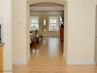 Apt 209 - Clifden - Clifden Town Apartment - Clifden vacation rentals