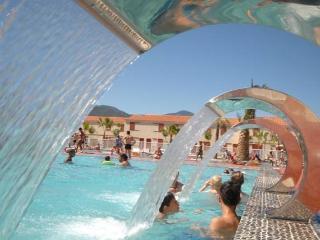 Argeles Sur Mer, South France beach holidays apartment (Ref: 1042) - Argeles-sur-Mer vacation rentals