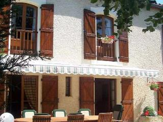 Domaine St George South France holiday cottages with private pool (Ref: 1108) - Marseillan vacation rentals