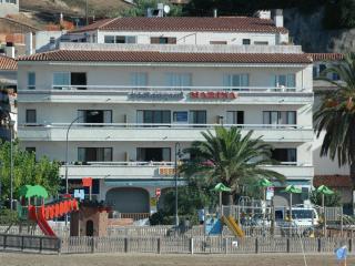 Charming Apartment in L'Estartit with Television, sleeps 6 - L'Estartit vacation rentals