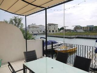 Aigues Mortes French villa with pool by the riverside (Ref: 983) - Aigues-Mortes vacation rentals