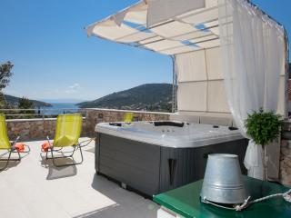 Nice Villa with Television and Balcony - Vinisce vacation rentals