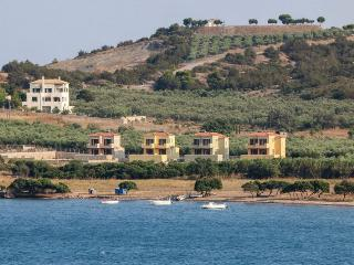 Porto Heli - Gv - Orion Villas complex near wonderful beach on the Peloponnese - Thermisia vacation rentals