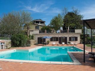 Charming House with Deck and Internet Access - Collevecchio vacation rentals
