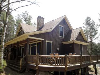 Perfect House with Linens Provided and Ceiling Fans - Lake Placid vacation rentals