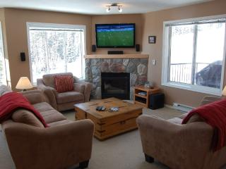 Big White Chateau on the Ridge 4 bedroom condo - Big White vacation rentals