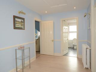2 bedroom Condo with Internet Access in Hythe - Hythe vacation rentals