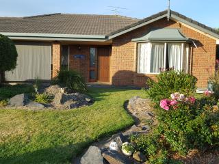 GoolwaShores a gorgeous family holiday home - Goolwa vacation rentals