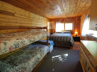 Beautiful Guest house with Safe and Toaster - Grand Forks vacation rentals